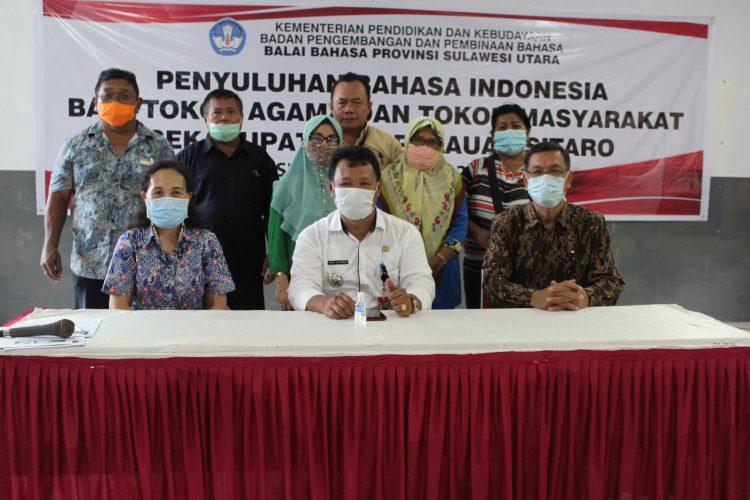 Penyuluhan Bahasa Indonesia Bagi Tokoh Agama dan Tokoh Masyarakat Kabupaten Kepulauan Sitaro 2021